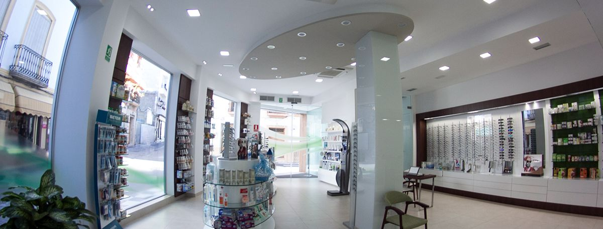 reforma-farmacia-optica-mayol-Almeria-7